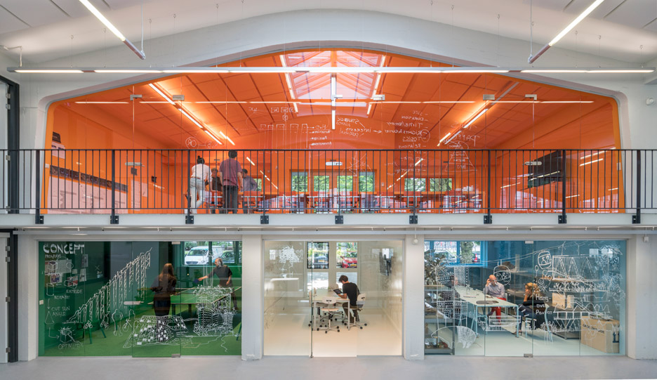 mvrdv-office-architecture-interior-self-designed-studio-rotterdam-domestic-spaces-colour-_dezeen_936_4