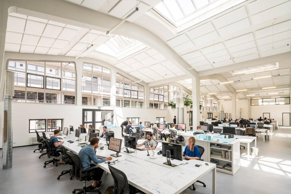 mvrdv-office-architecture-interior-self-designed-studio-rotterdam-domestic-spaces-colour-_dezeen_936_5