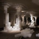 Hou de Sousa builds reconfigurable Raise/Raze installation from plastic balls
