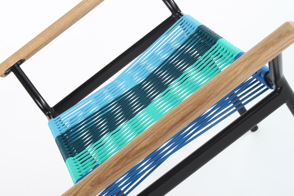 sarma-stool-sebiha-macit-graduate-project-2016-furniture-design-futuristic-rubber-_dezeen_936_6