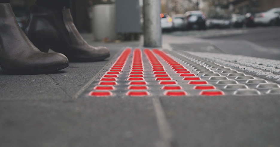 Büro North proposes traffic lights in the pavement to prevent accidents involving smartphone uses