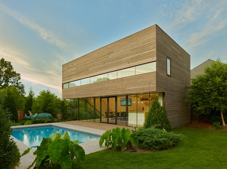 Srygley Pool House by Marlon Blackwell