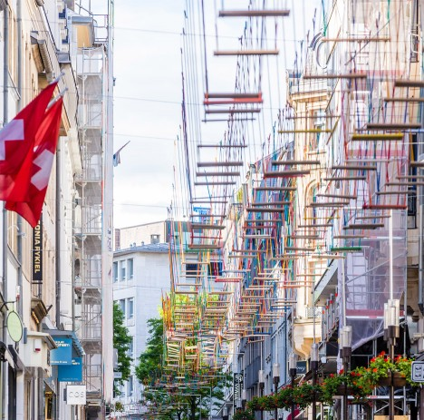Max Mertens installs 450 swings above a Luxembourg street
