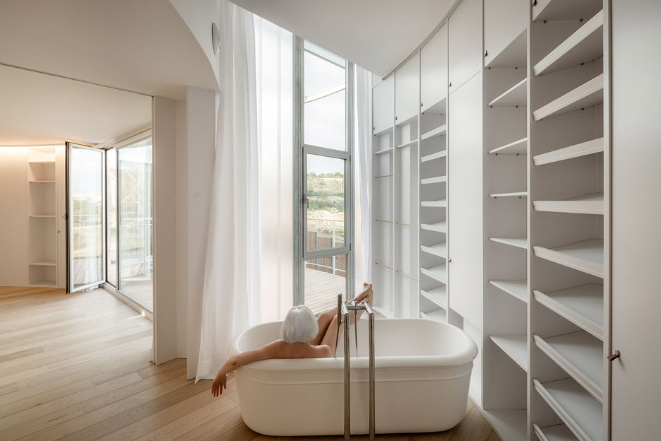 Tobogan House, a family home in Madrid, Spain by Z4Z4 AAA
