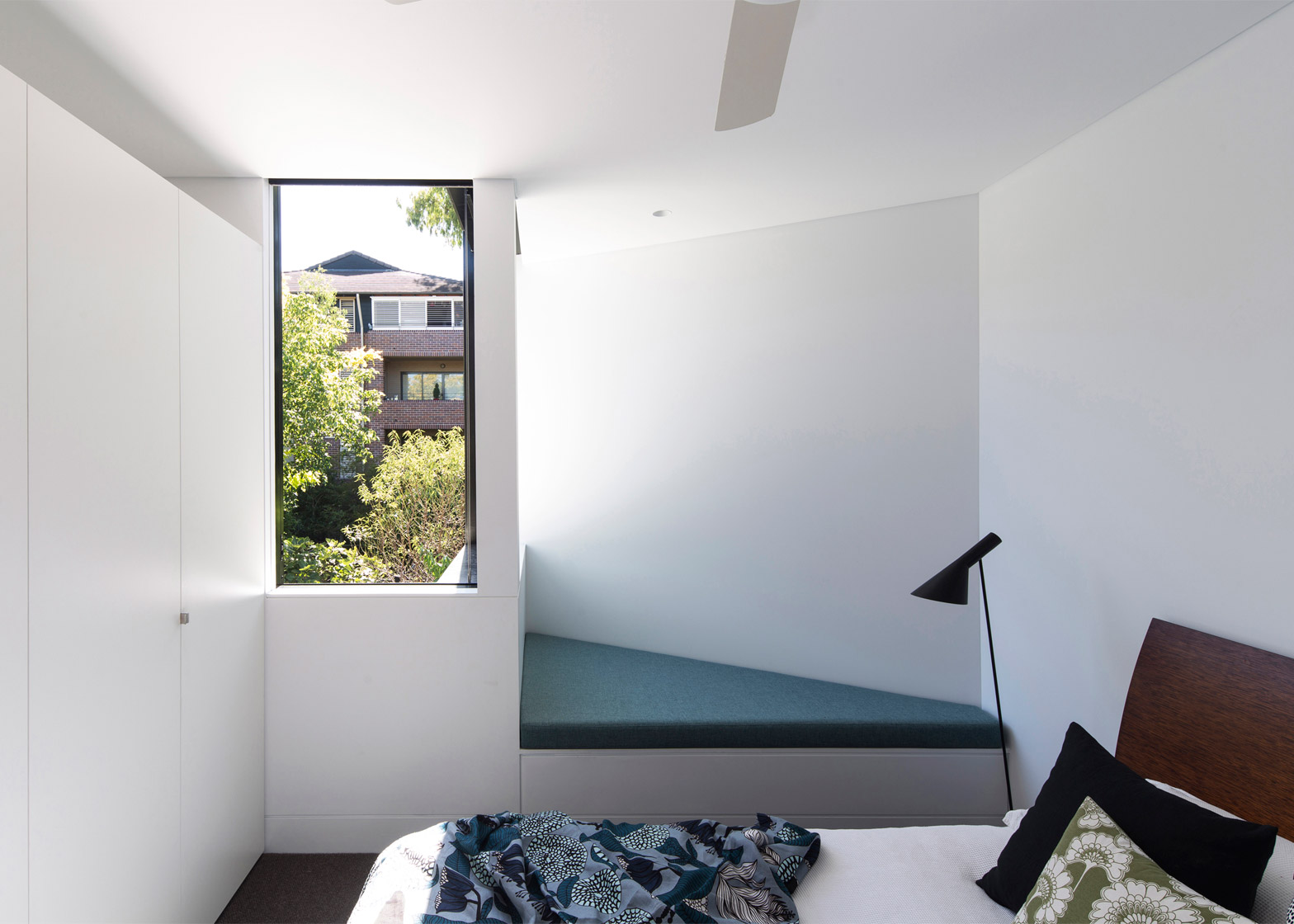 Unfurled House by Christopher Polly Architect