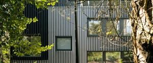 valhalla-highgate-denizen-works-london-cedar-facade-ben-blossom_dezeen_rhs