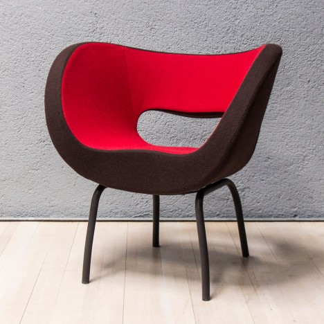 Ron Arad and Moroso create curvy chairs for Watergate Hotel renovation