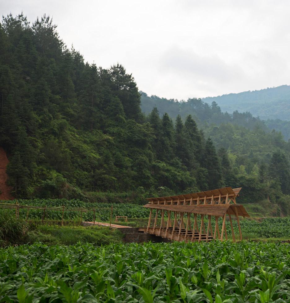 wind-rain-bridge-donn-holohan-peitian-southern-china_dezeen_936_0