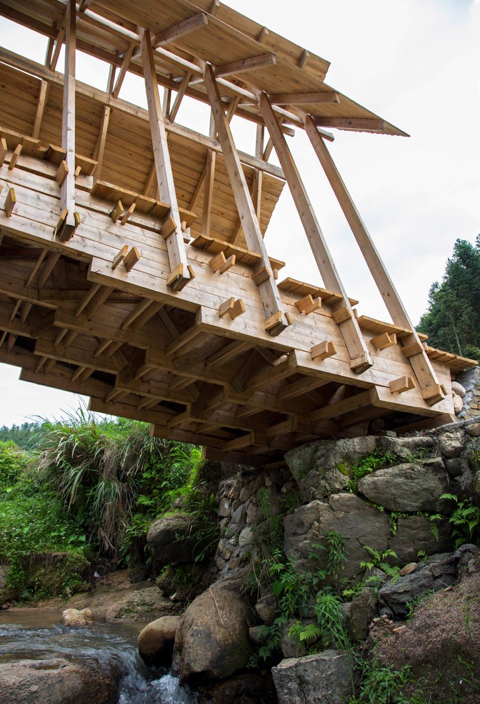 wind-rain-bridge-donn-holohan-peitian-southern-china_dezeen_936_2
