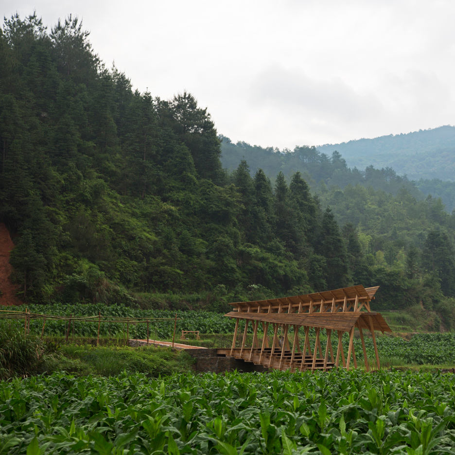 wind-rain-bridge-donn-holohan-peitian-southern-china_dezeen_sq