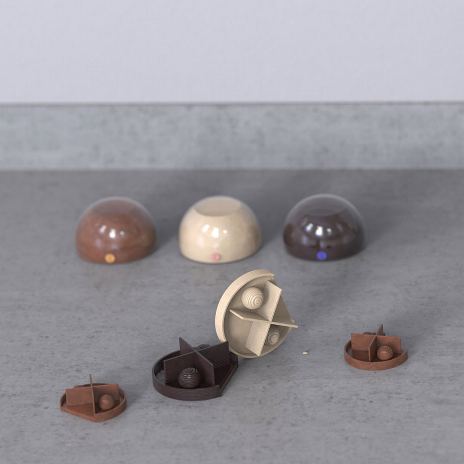 Michiel Cornelissen Ontwerp designs XOCO, a 3D printer for chocolate