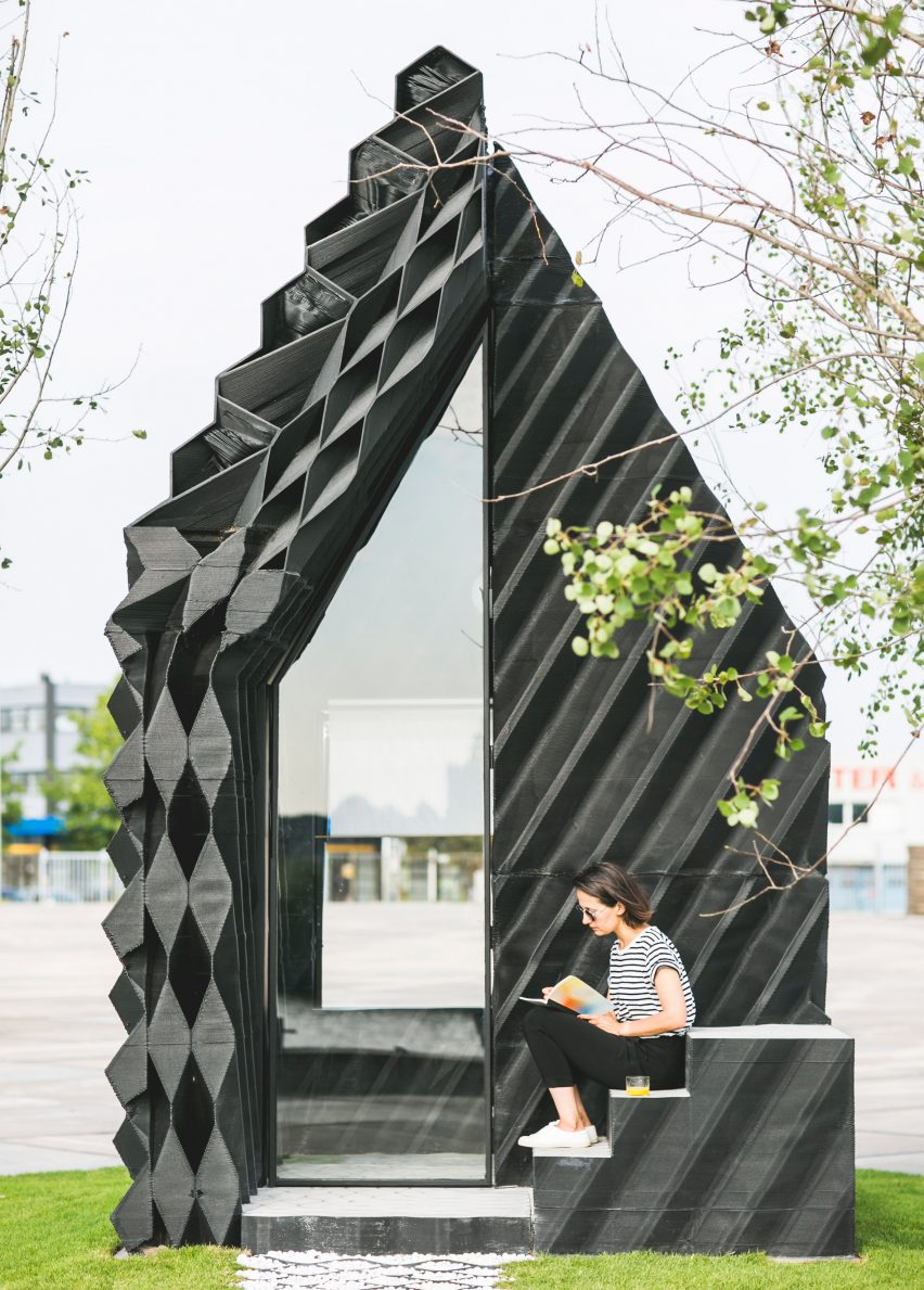 3d-printed-urban-cabin-dus-architects-amsterdam_dezeen_2364_col_2