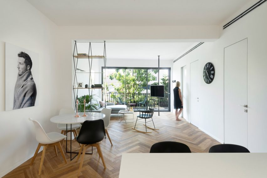 Maayan Zusman lines Tel Aviv apartment with herringbone flooring