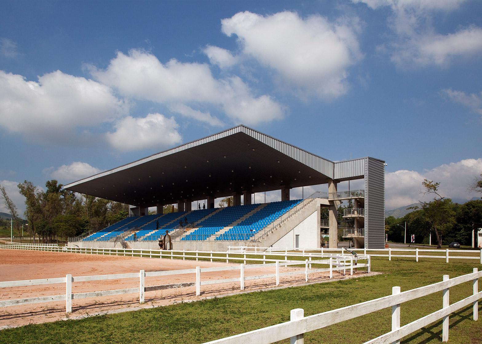 Equestrian Centre arena by BCMF Arquitetos, Bruno Campos, Marcelo Fontes and Silvio Todeschi