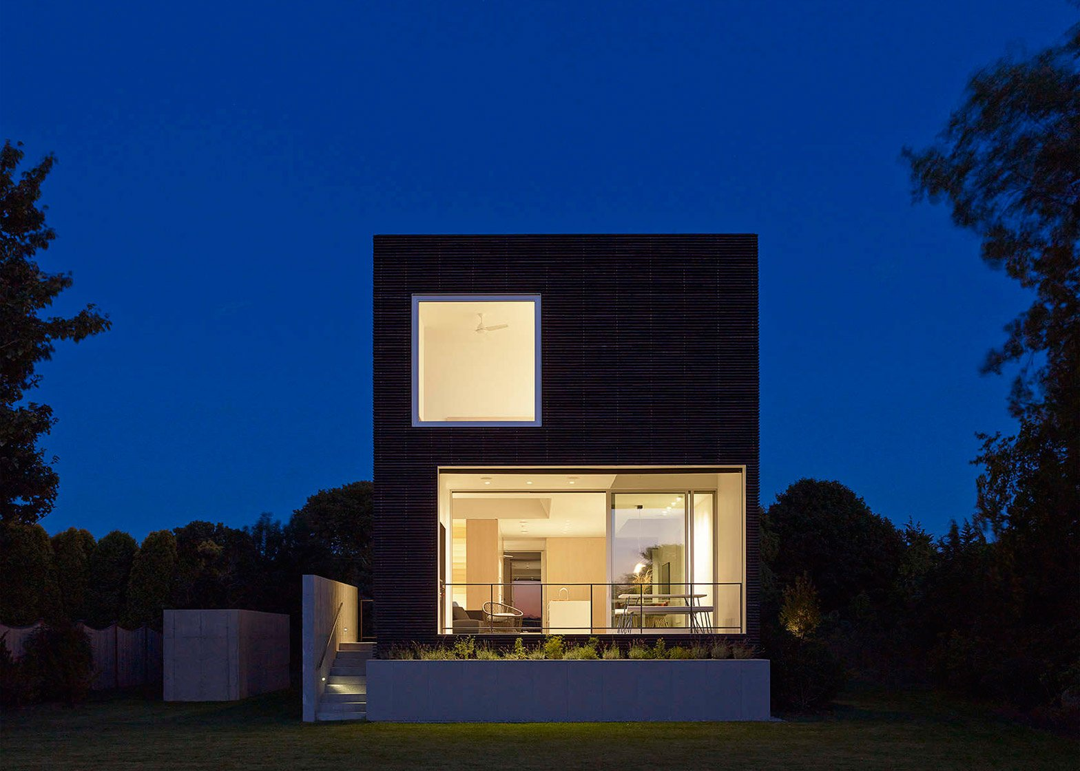 Quonochontaug House by Bernheimer Architecture