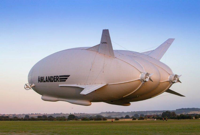 airlander-10_hybrid-air-vehicles_first-flight_dezeen_1704_5