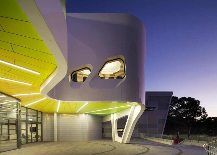 WAIS High Performance Service Centre by Dwpsuters in Perth, Australia. Photograph by Robert Frith