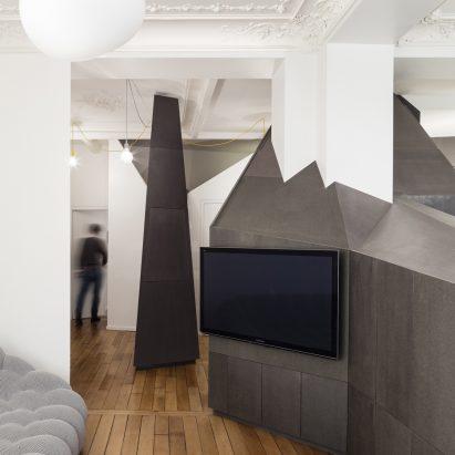 Studio Razavi Inserts Sculptural Furniture Block Into 19th Century Parisian Apartment