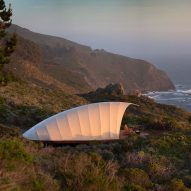 Autonomous Tent creates a remote glamping spot on a California clifftop