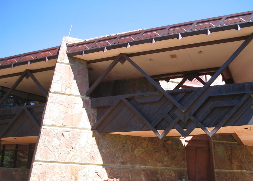 Beaver Meadows Visitor Center, Rocky Mountain National Park, by Taliesin Associated Architects, 1967