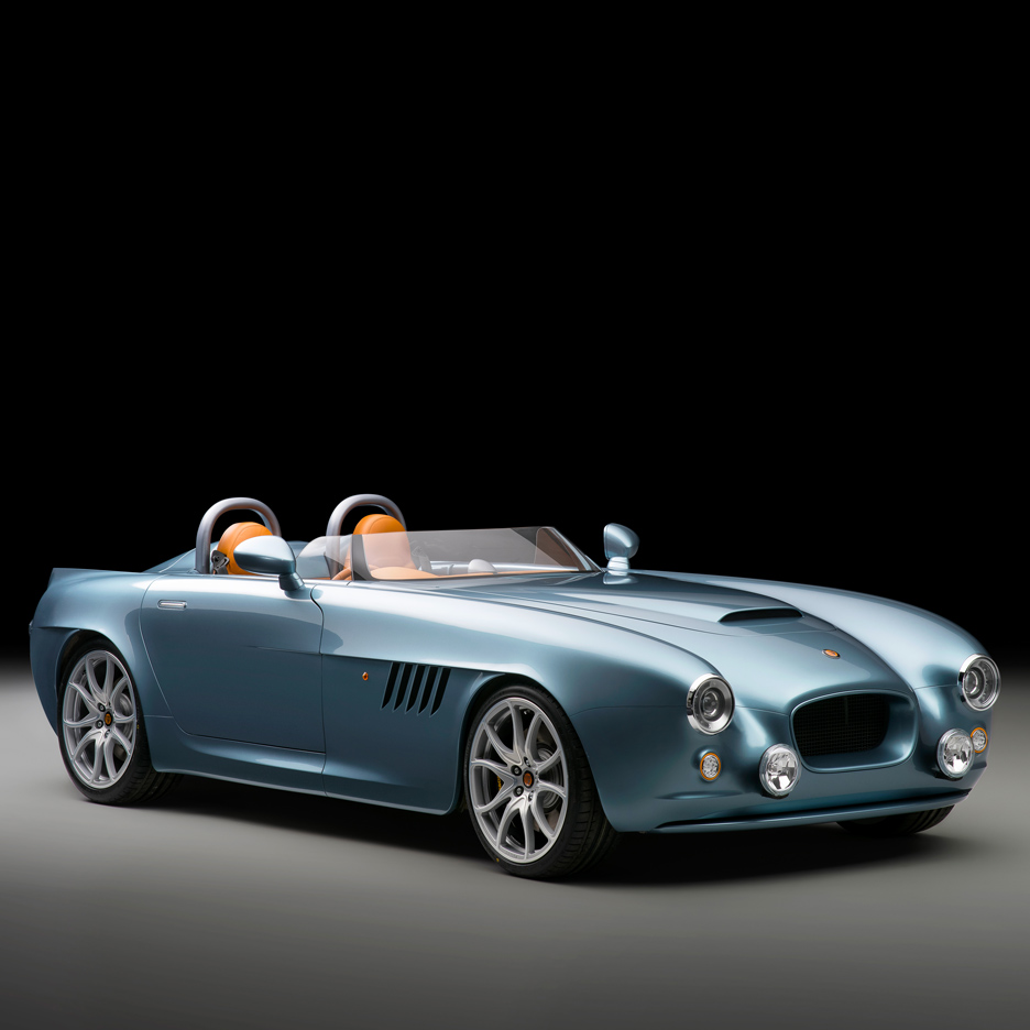 bristol-cars-bullet-sports-car-uk_dezeen_sq