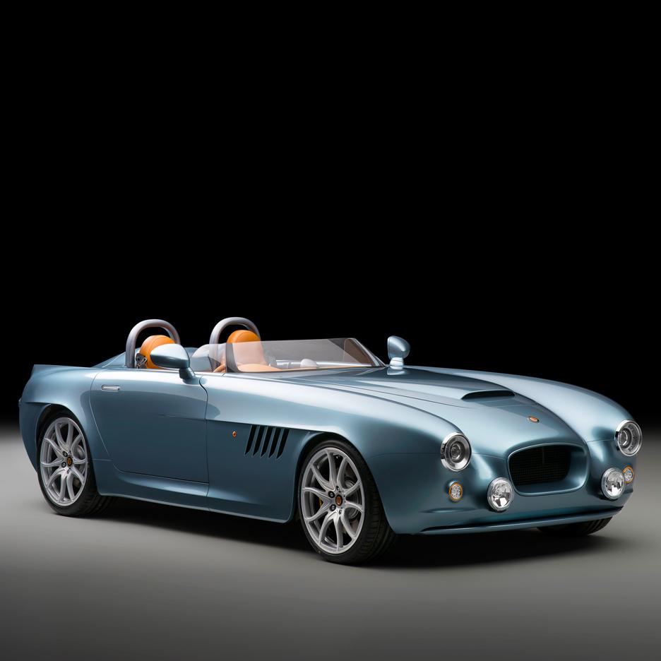 bristol-cars-bullet-sports-car-uk_dezeen_sq