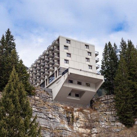 brutalist-ski-resort_flaine-france_photography-essay_alastair-philip-wiper_dezeen_sq-468x468
