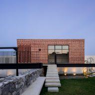 Casa G by Delfino Lozano Salcedo