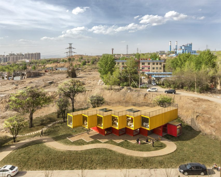 container-stack-pavilion-peoples-architecture-office-shanxi-china-shipping-containers-temporary-structure_dezeen_936_4