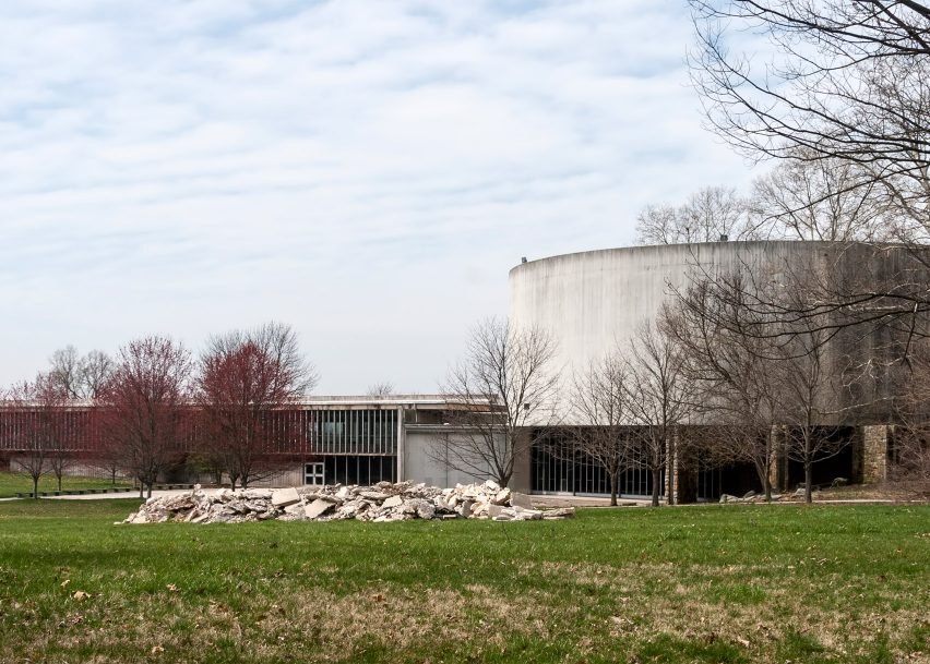 Cyclorama Building, Gettysburg National Military Park, by Richard Neutra, 1962