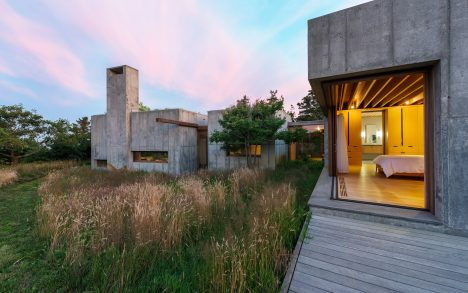 "Eight concrete boxes form a ""moveable"" vacation home on Martha's Vineyard"