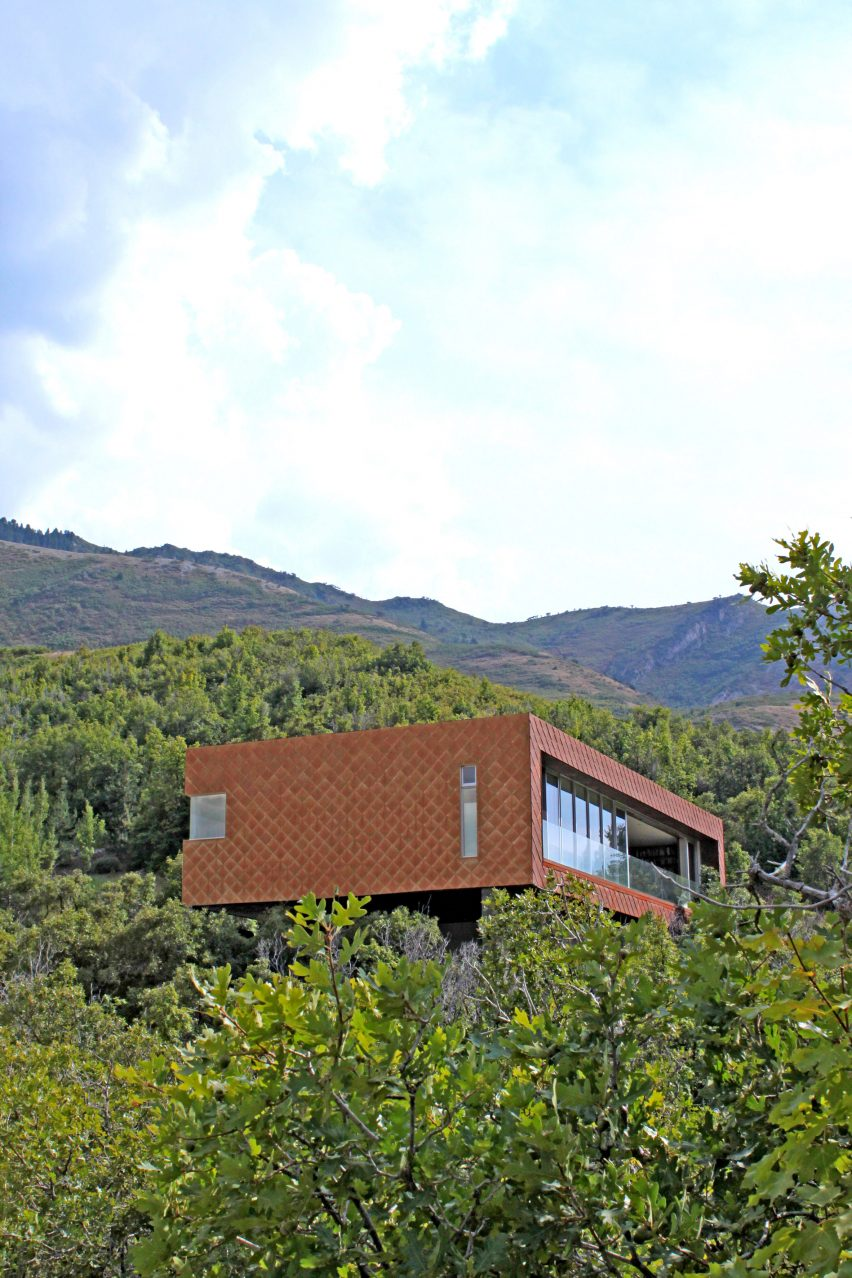 emigration-canyon-house-sparano-mooney_dezeen_2364_3