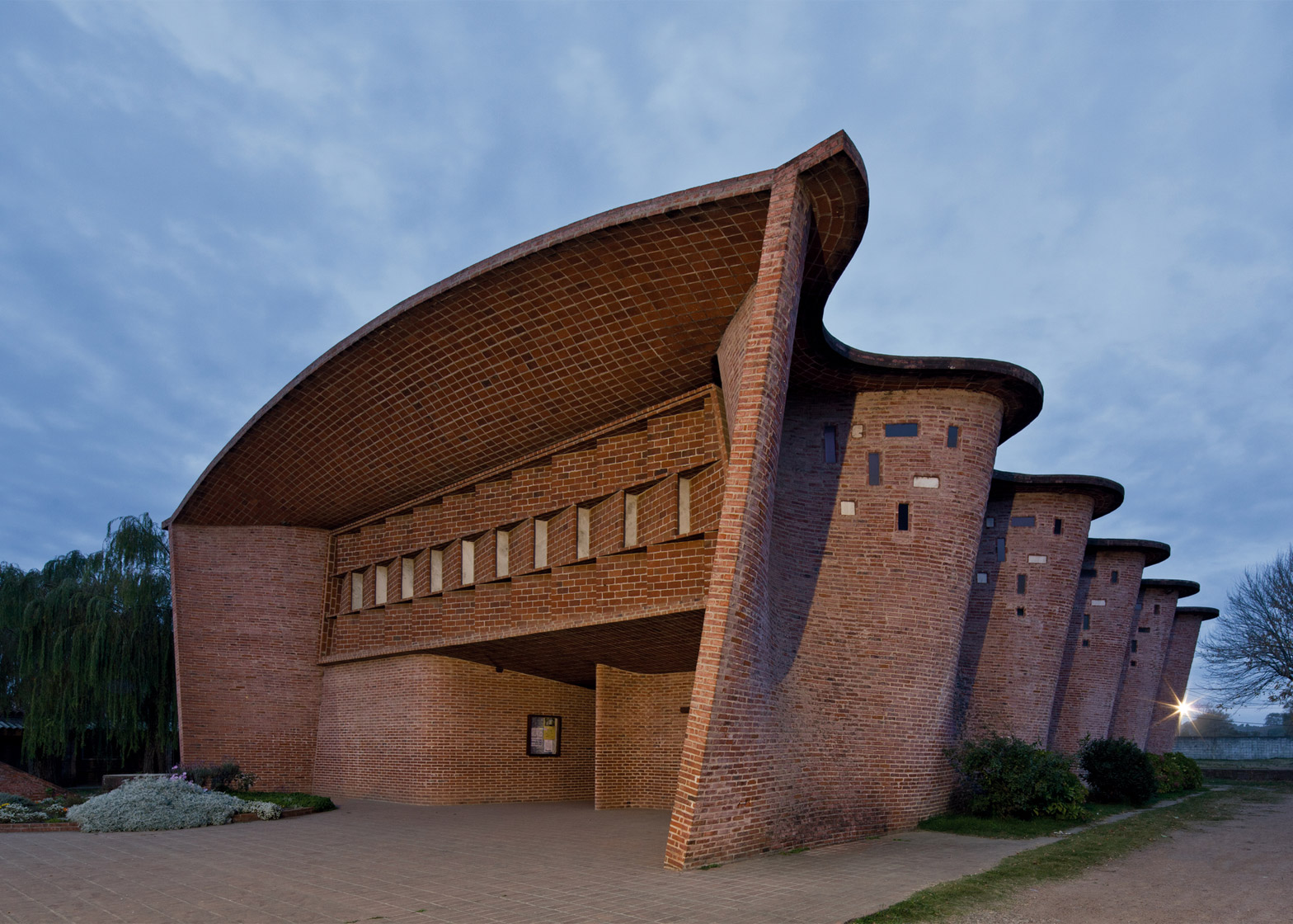 Cristo Obrero Church, Uruguay, by Eladio Dieste