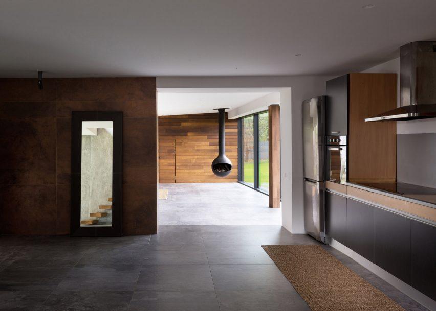 Heat 360 by Azovskiy & Pahomova architects