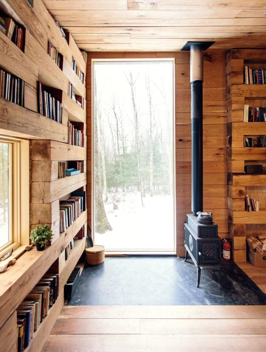 Studio Padron creates secluded library in the woods of New York state