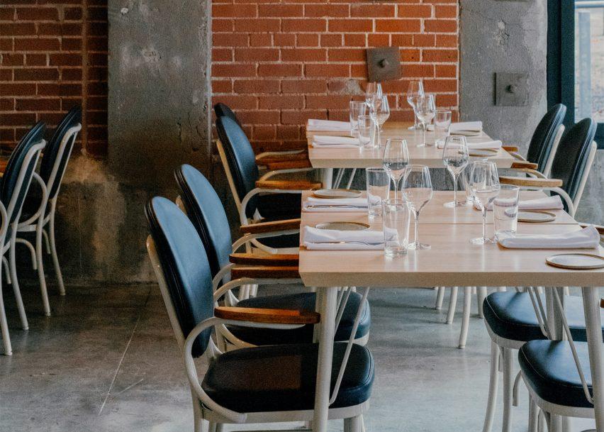 Hoogan et Beaufort Restaurant by Appareil Architecture