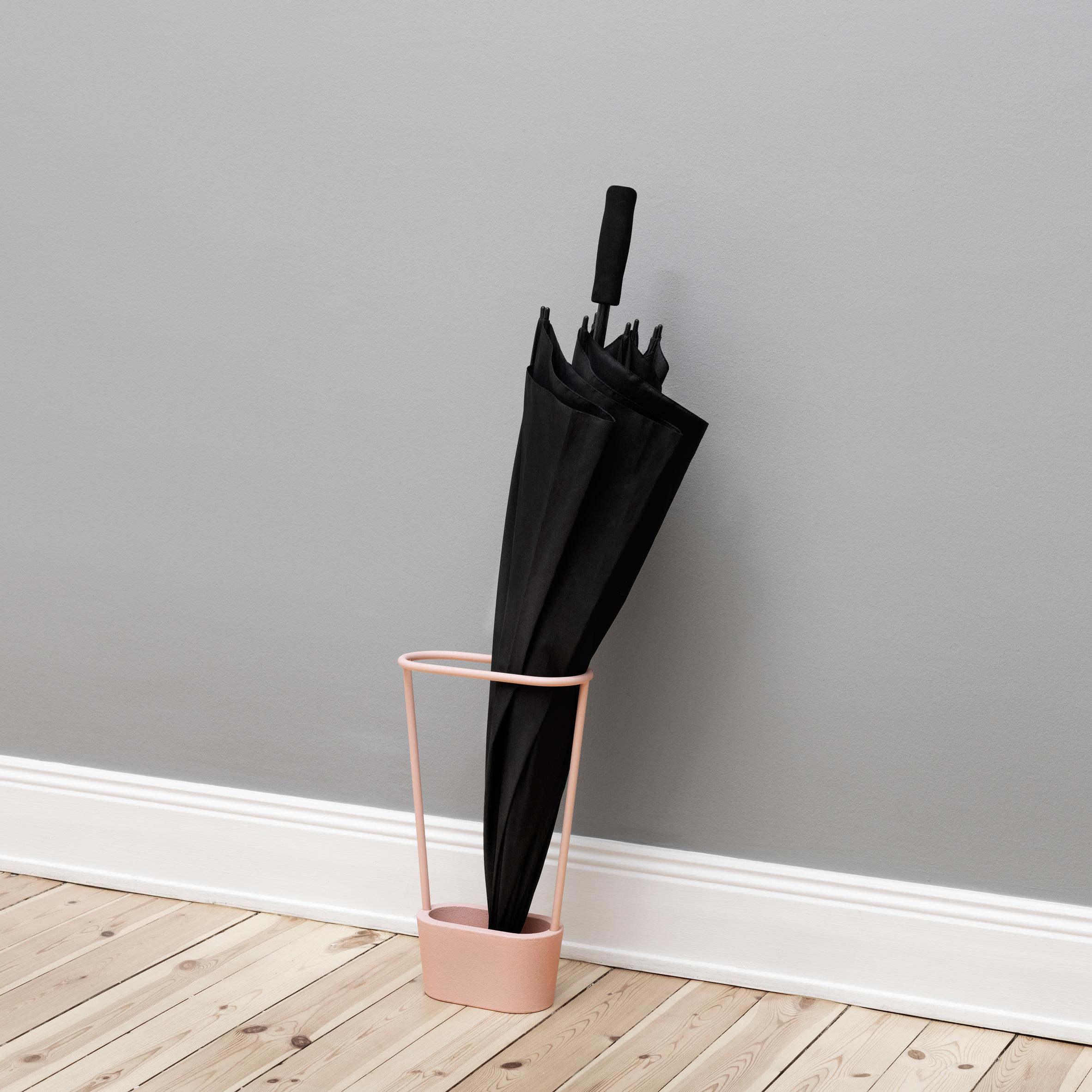 Umbrella Stand Designs : Mika tolvanen designs minimal umbrella stand for naknak