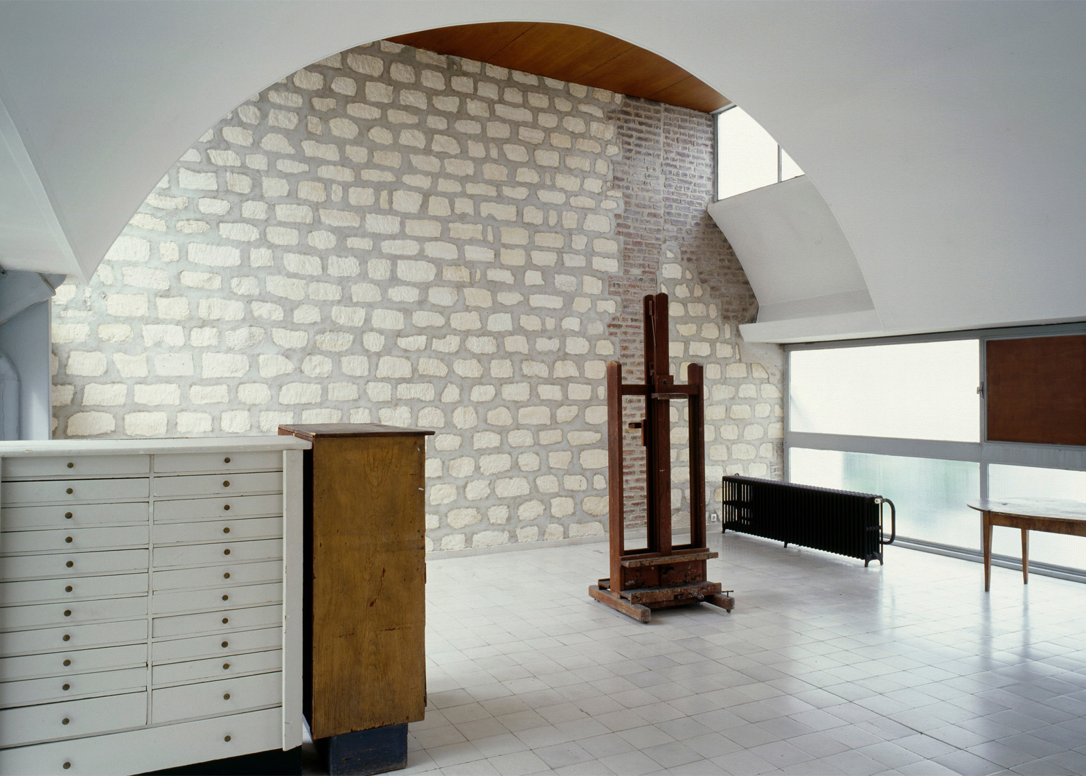 Immeuble Molitor, by Le Corbusier