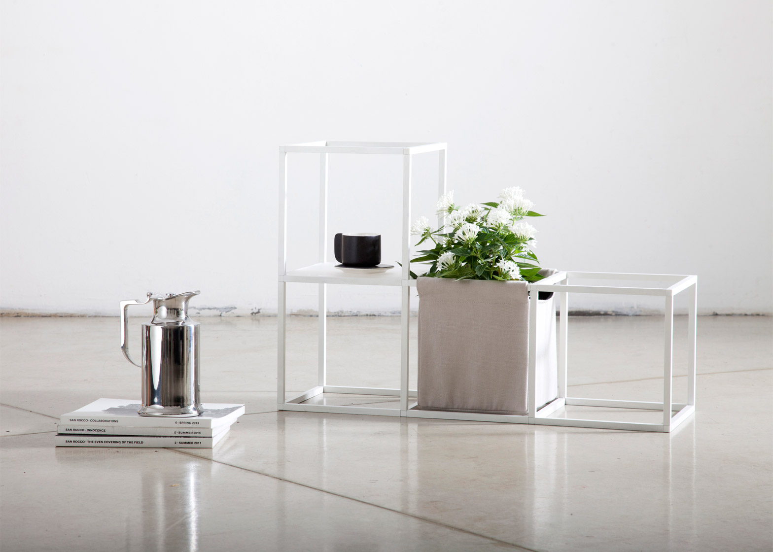 ipot modular planting system supercake. 2 Of 11; Supercake Combines Shelves And Plant Pots In Modular System Ipot Planting S