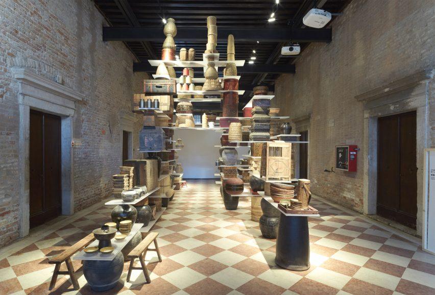 kengo-kuma-venice-installation-biennale-2016_dezeen_3408_10