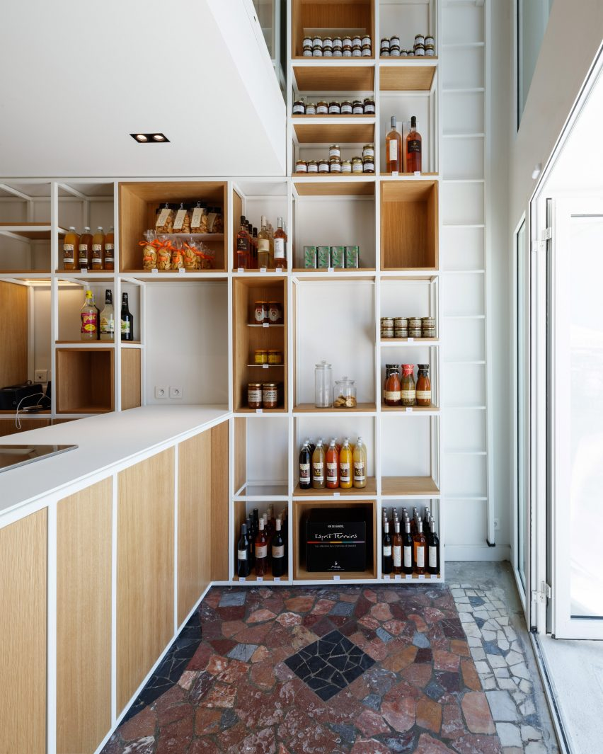 Bertrand Guillon fits petite delicatessen into 35-square-metre Provencal shopfront