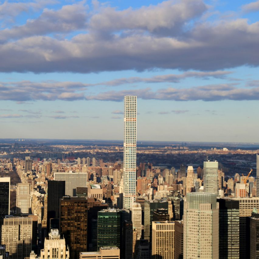 432 Park, by Rafael Viñoly, has attracted criticism for it's size. Photograph is by Arturo Pardavilla