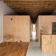 loft-house-capd-design-architecture-wooden-residence-tokushima-prefecture-japan_dezeen_sq2