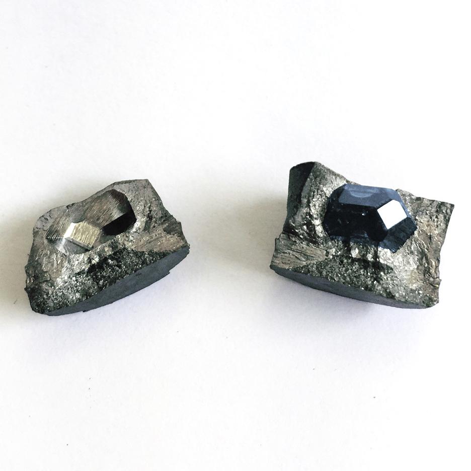 luis-barragan-diamond-ashes-ring-sq