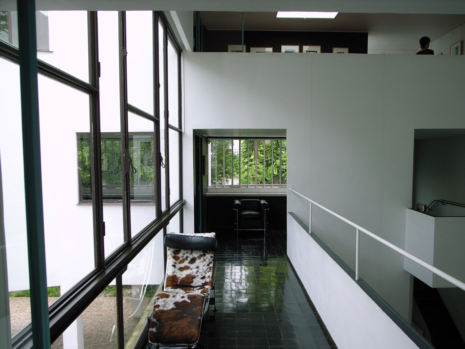 Le Corbusier'S Maison La Roche-Jeanneret Features An Exhibition Space