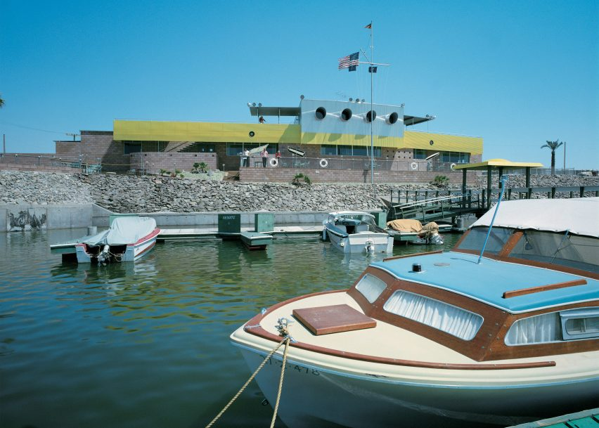 North Shore Yacht Club by Frey & Chambers, Salton Sea, California, photographed in 1960