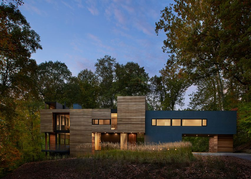 19 of 23; Mohican Hills House by Robert Gurney Architect