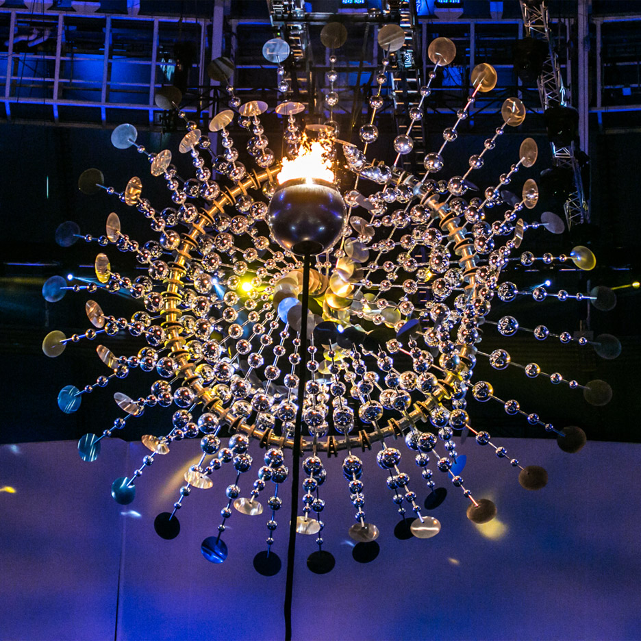 33a9f1b8519c Rio 2016 cauldron complemented by massive kinetic sculpture