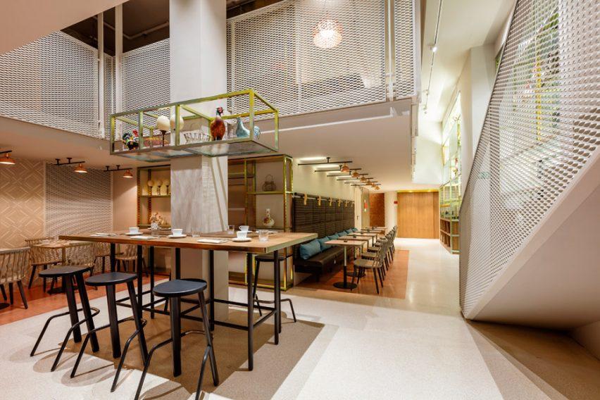 patricia-urquiola-room-mate-hotels-interior-design-milan_dezeen_936_2