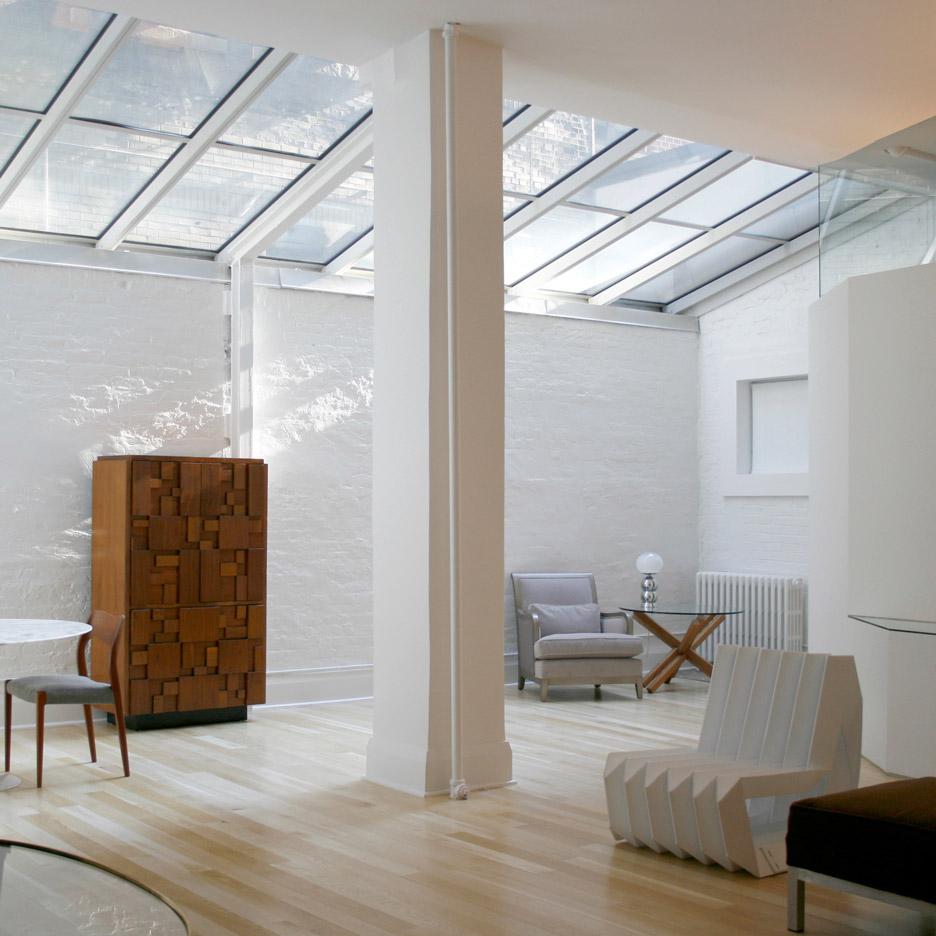 Yoshihara mckee maximises natural light at photographer 39 s for Architecture loft